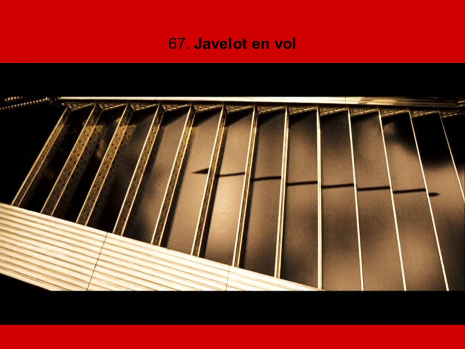 67. Javelot en vol