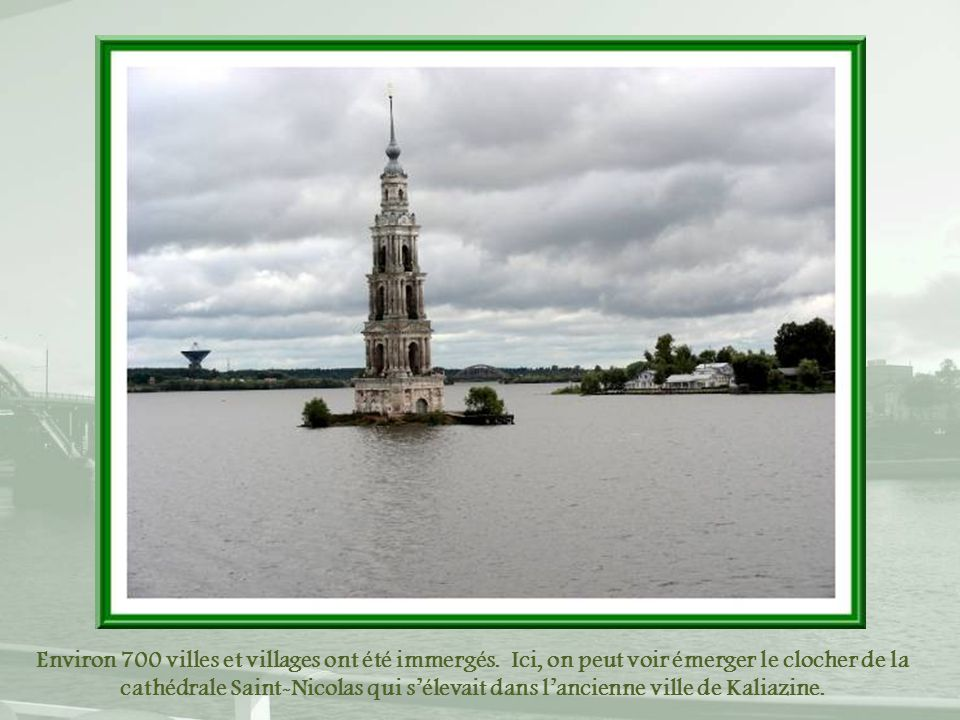 Environ 700 villes et villages ont été immergés