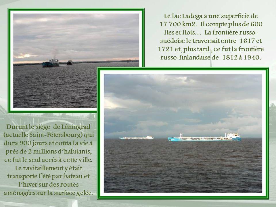 Le lac Ladoga a une superficie de