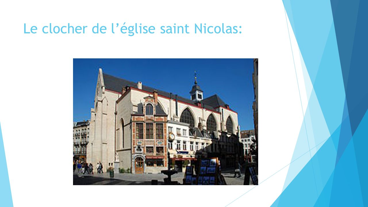 Le clocher de l'église saint Nicolas: