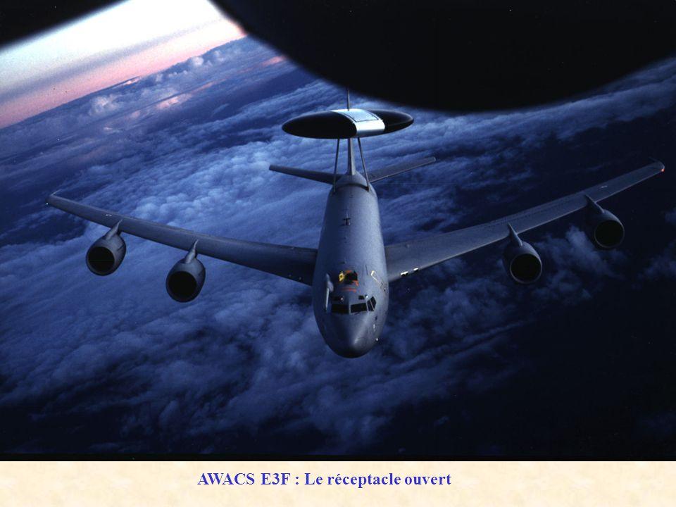 AWACS E3F : Le réceptacle ouvert