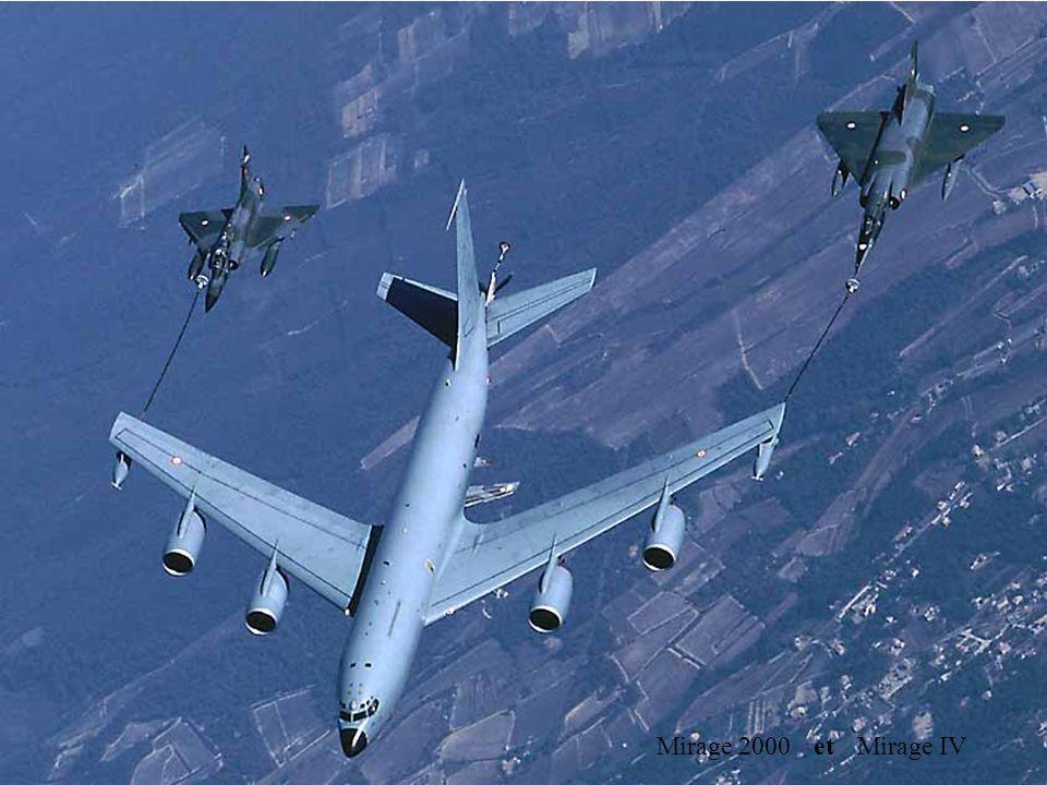 C135 FR Mirage 2000 et Mirage IV