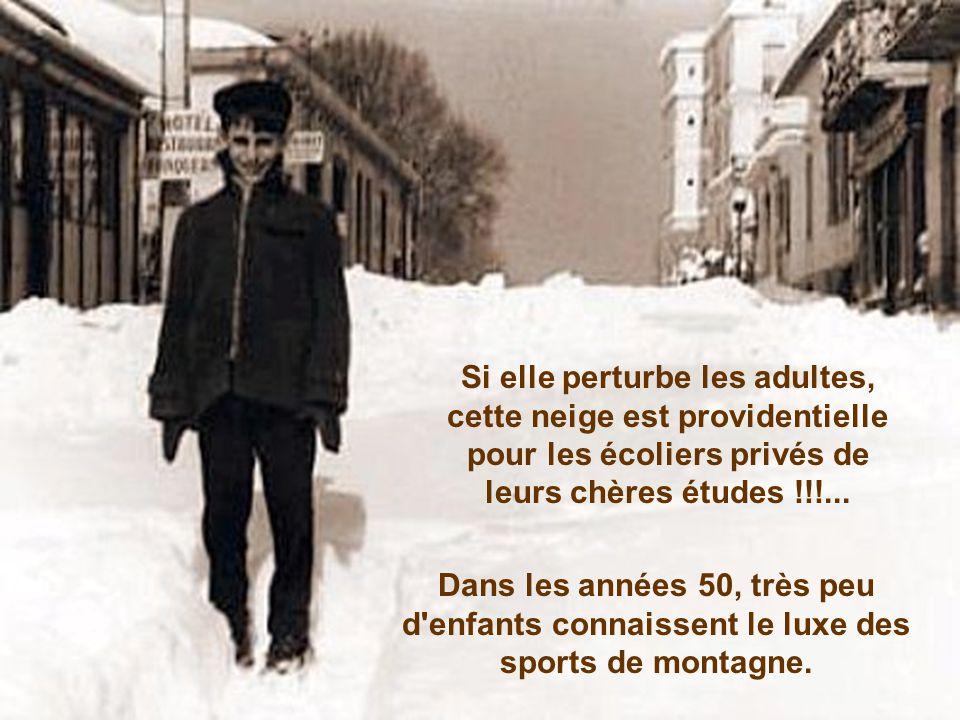 Si elle perturbe les adultes, cette neige est providentielle pour les écoliers privés de leurs chères études !!!...