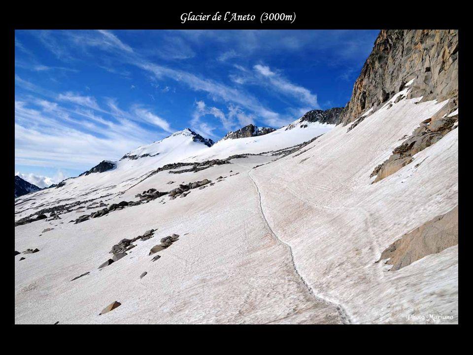 Glacier de l'Aneto (3000m) . . . . . .