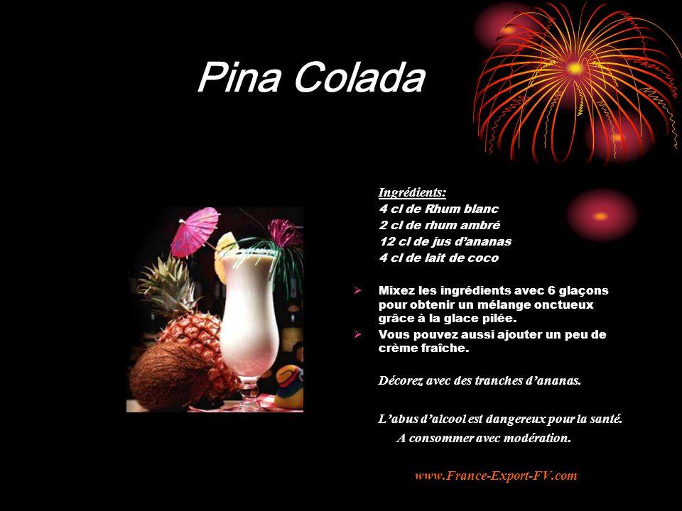 Pina Colada Ingrédients: Décorez avec des tranches d'ananas.