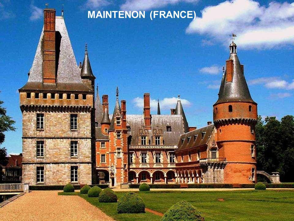 MAINTENON (FRANCE)