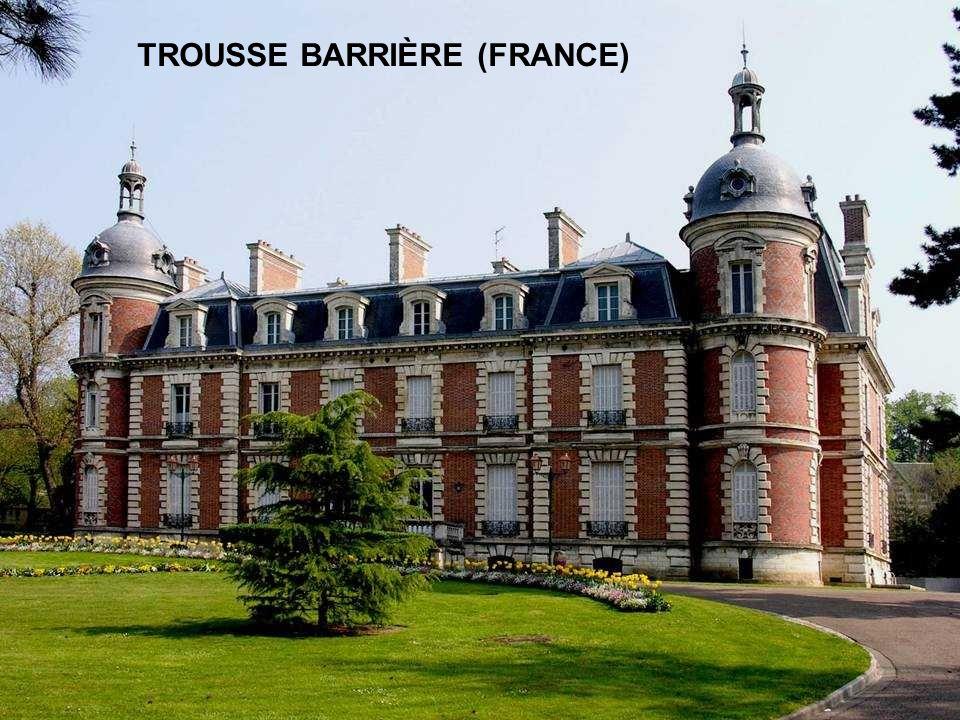 TROUSSE BARRIÈRE (FRANCE)