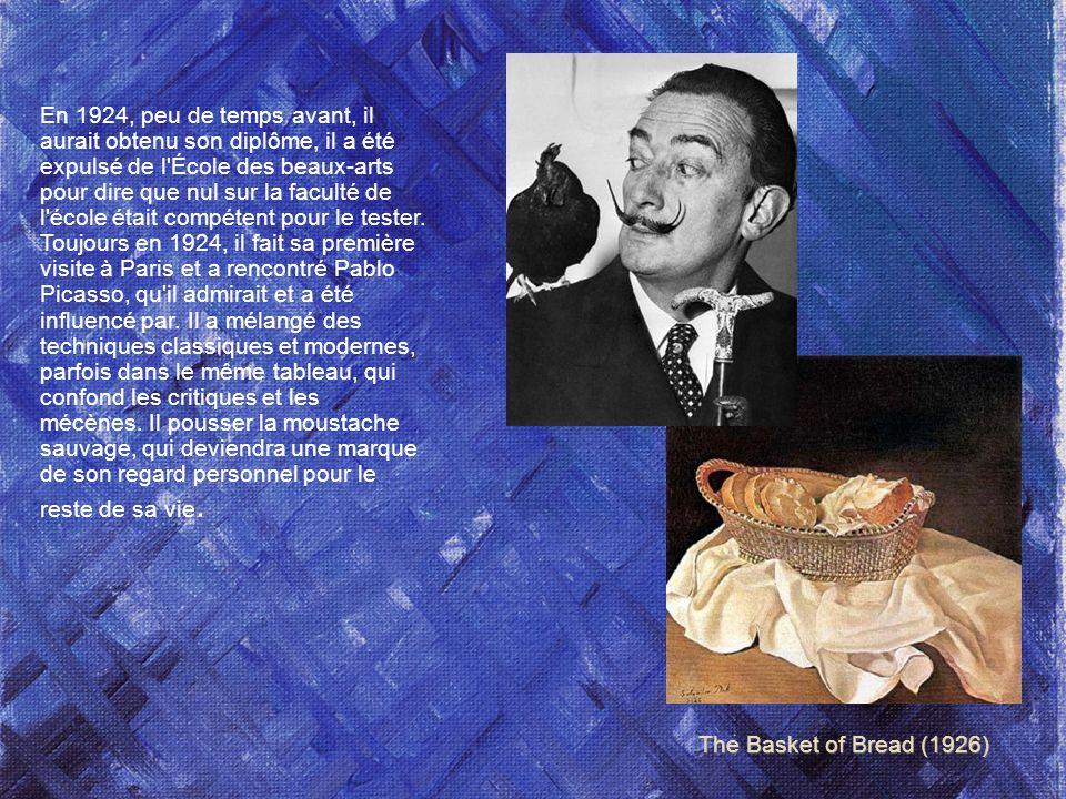 En 1924, peu de temps avant, il aurait obtenu son diplôme, il a été expulsé de l École des beaux-arts pour dire que nul sur la faculté de l école était compétent pour le tester. Toujours en 1924, il fait sa première visite à Paris et a rencontré Pablo Picasso, qu il admirait et a été influencé par. Il a mélangé des techniques classiques et modernes, parfois dans le même tableau, qui confond les critiques et les mécènes. Il pousser la moustache sauvage, qui deviendra une marque de son regard personnel pour le reste de sa vie.