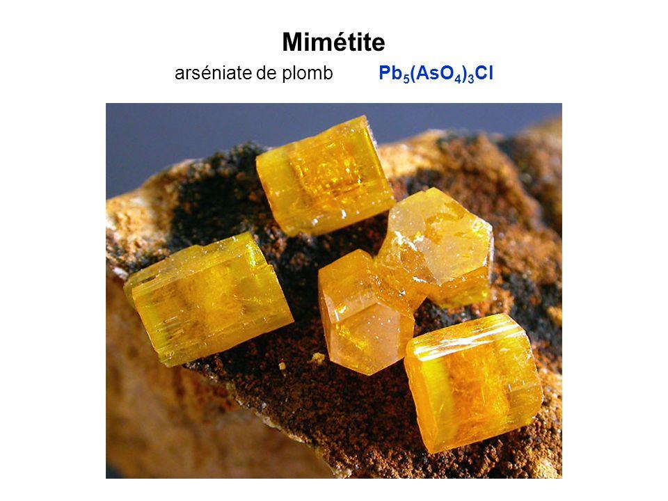 Mimétite arséniate de plomb Pb5(AsO4)3Cl