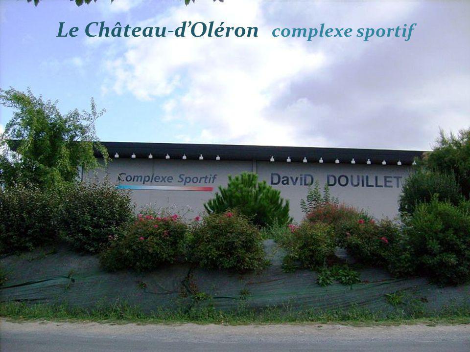 Le Château-d'Oléron complexe sportif