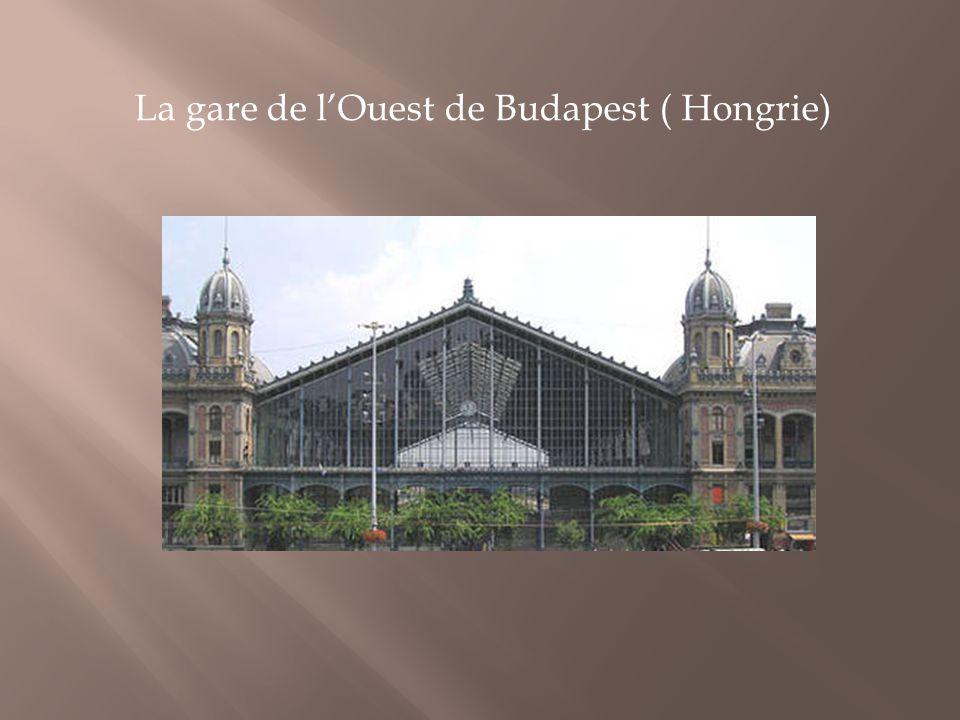 La gare de l'Ouest de Budapest ( Hongrie)