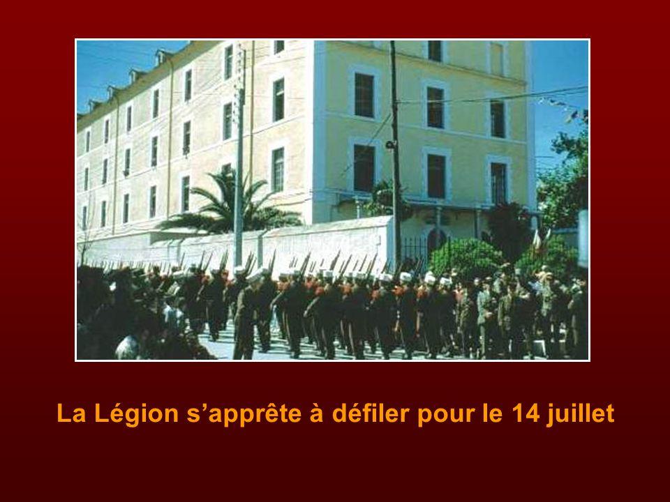 La Légion s'apprête à défiler pour le 14 juillet