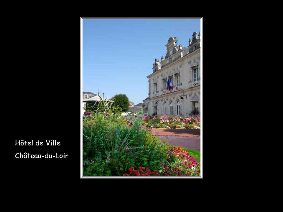 Hôtel de Ville Château-du-Loir