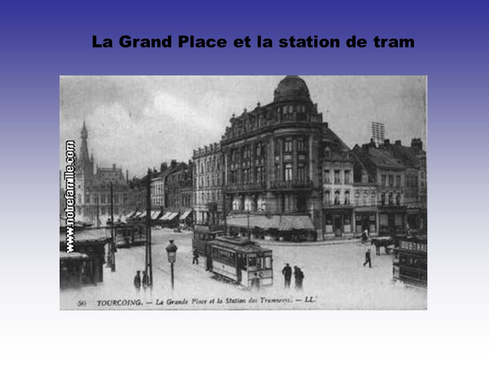 La Grand Place et la station de tram