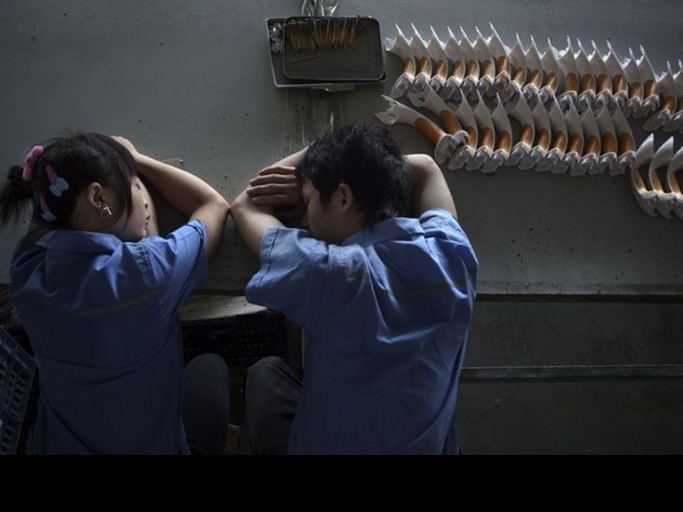 Repos sur une ligne de production en Chine