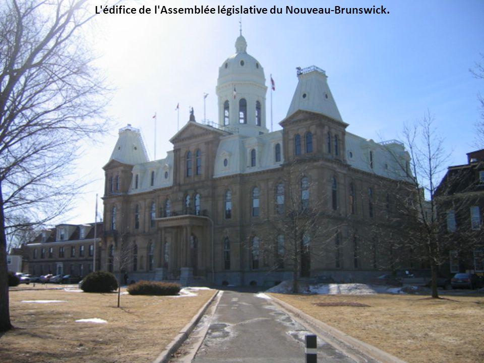 L édifice de l Assemblée législative du Nouveau-Brunswick.