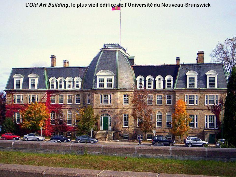 L Old Art Building, le plus vieil édifice de l Université du Nouveau-Brunswick