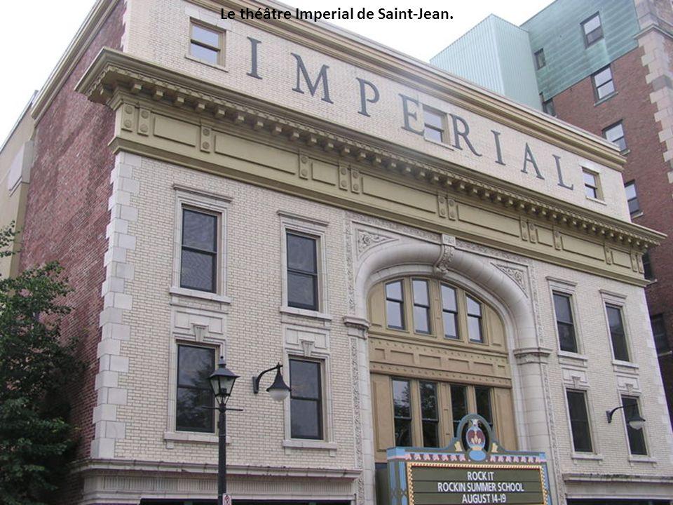 Le théâtre Imperial de Saint-Jean.