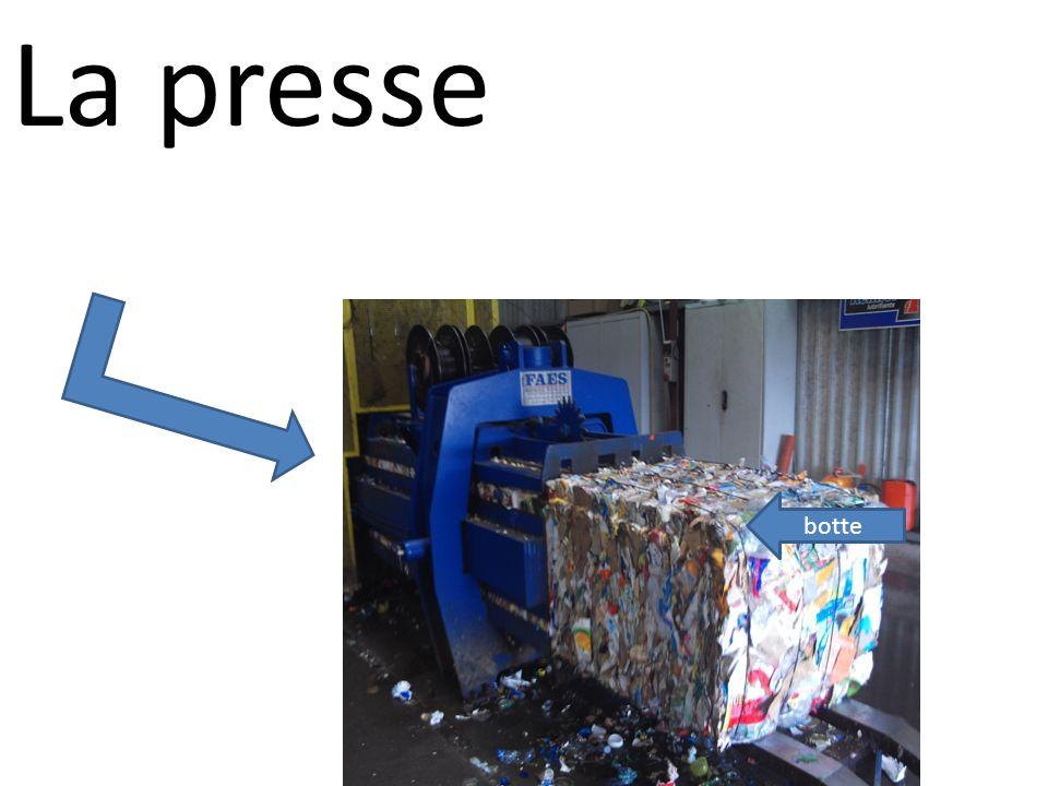 La presse botte