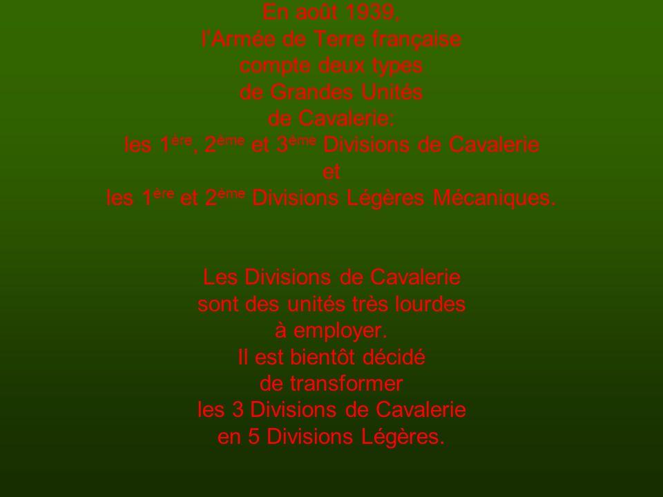 l'Armée de Terre française compte deux types de Grandes Unités