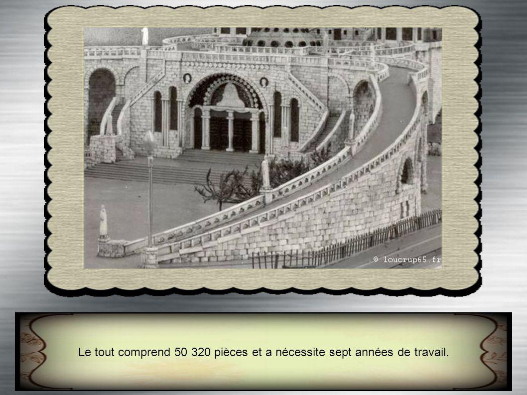Le tout comprend 50 320 pièces et a nécessite sept années de travail.