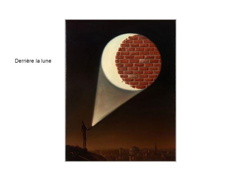 Derrière la lune
