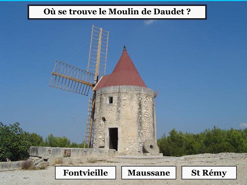 Où se trouve le Moulin de Daudet