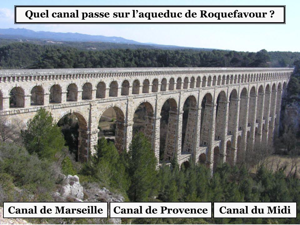 Quel canal passe sur l'aqueduc de Roquefavour