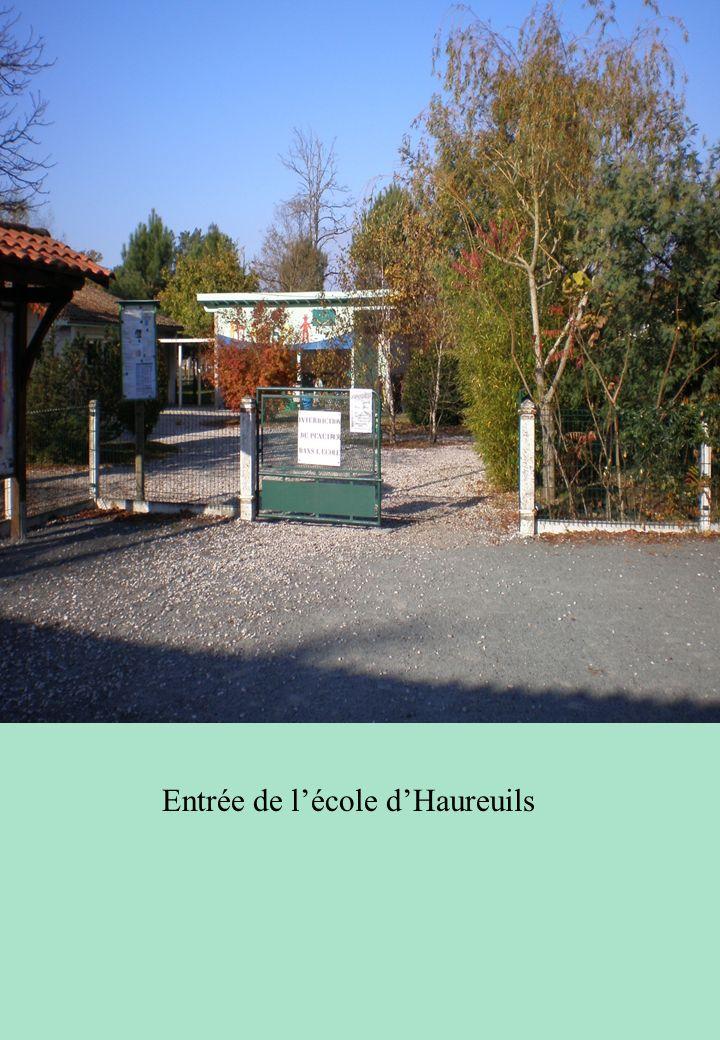 Entrée de l'école d'Haureuils