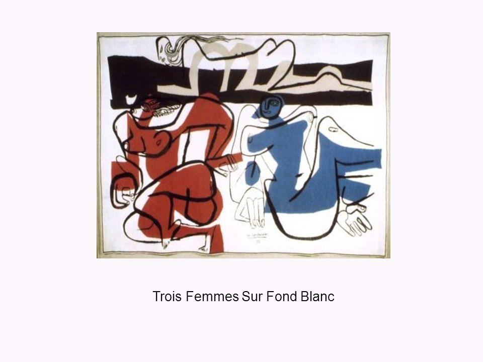 Trois Femmes Sur Fond Blanc