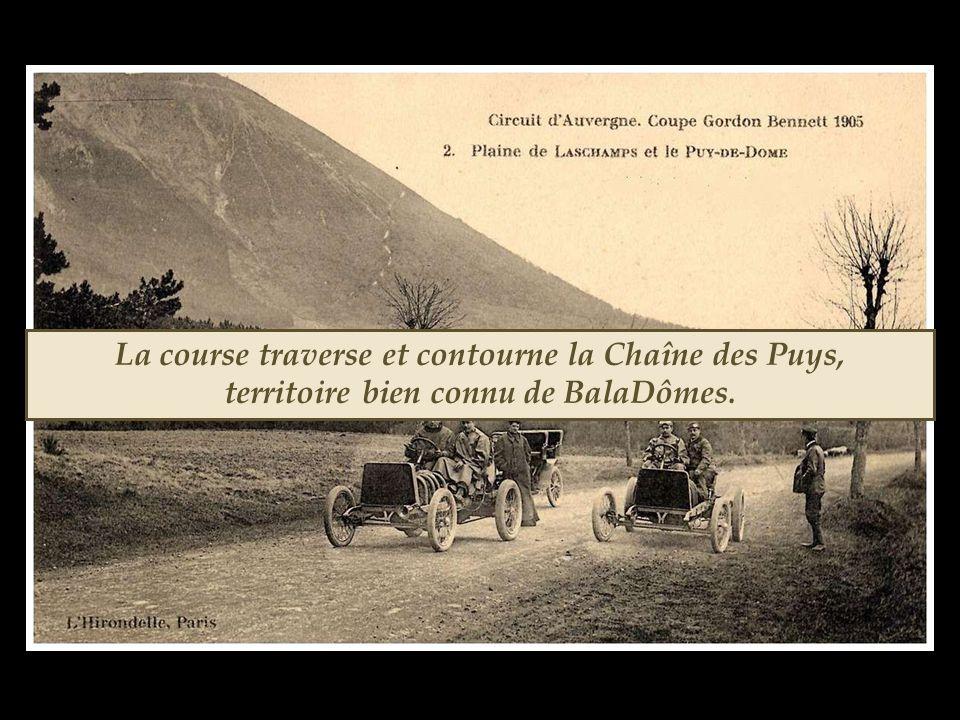 La course traverse et contourne la Chaîne des Puys, territoire bien connu de BalaDômes.
