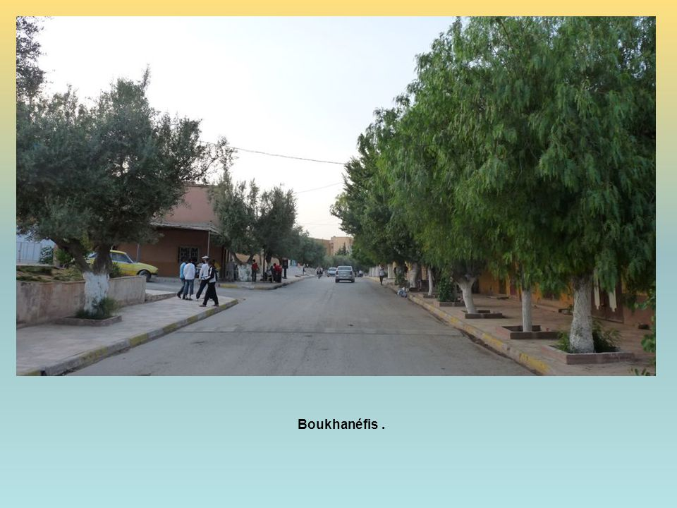 Boukhanéfis .