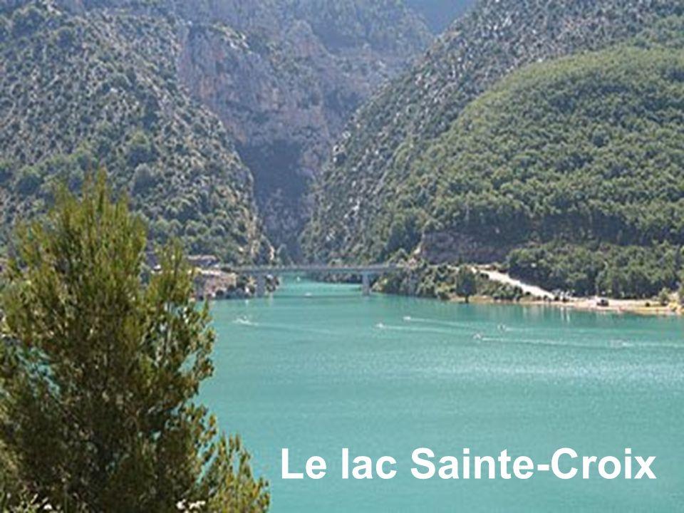 Le lac Sainte-Croix