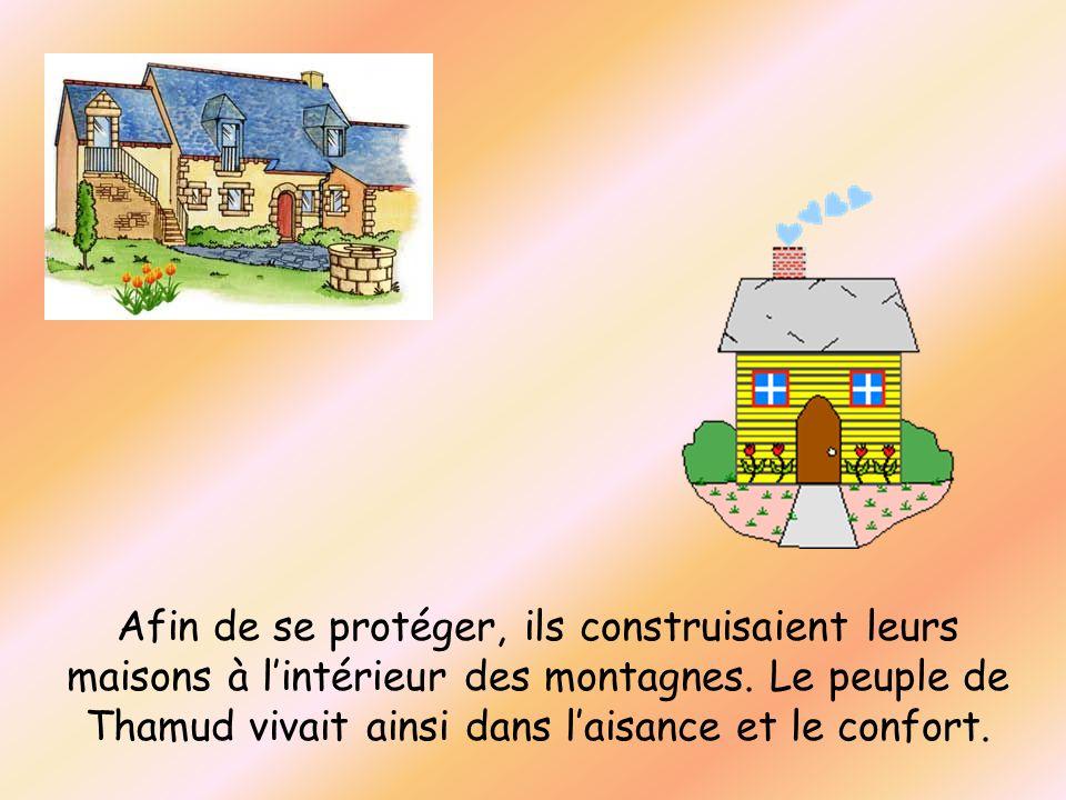 Afin de se protéger, ils construisaient leurs maisons à l'intérieur des montagnes.