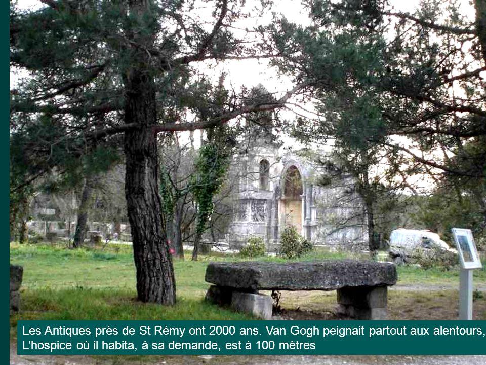 Les Antiques près de St Rémy ont 2000 ans
