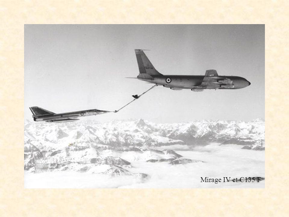 C135 FR Mirage IV et C135 F