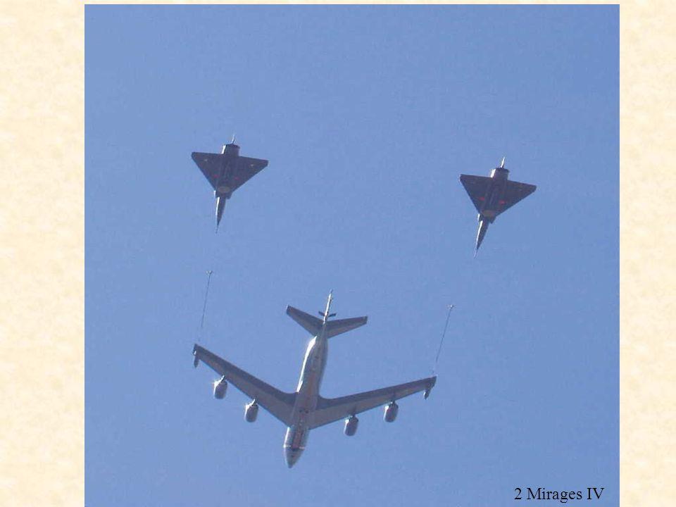 C135 FR 2 Mirages IV