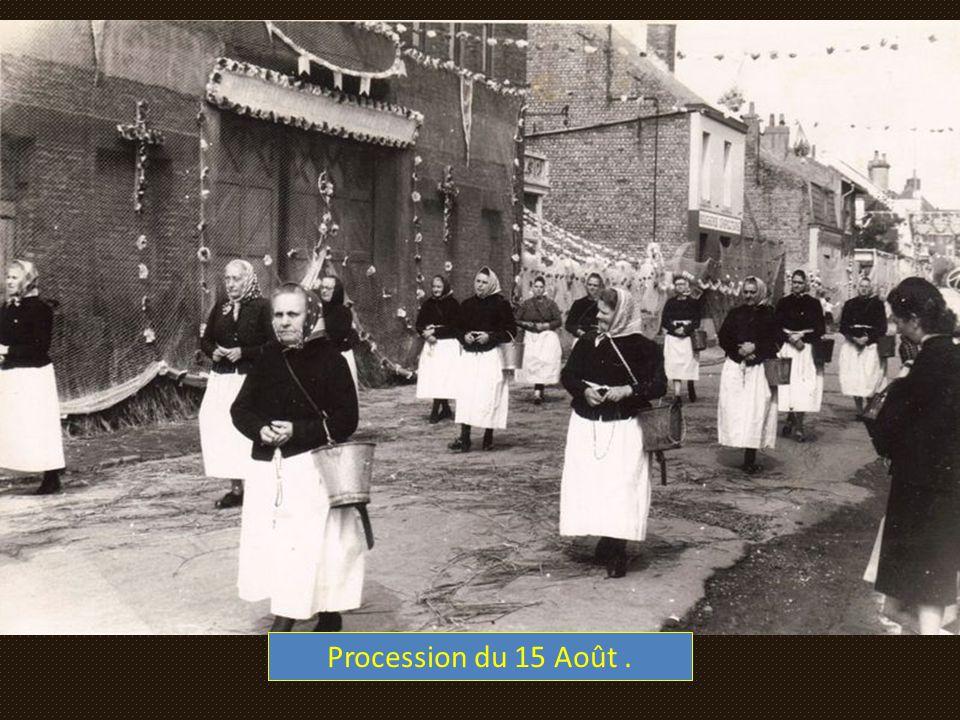 Procession du 15 Août .