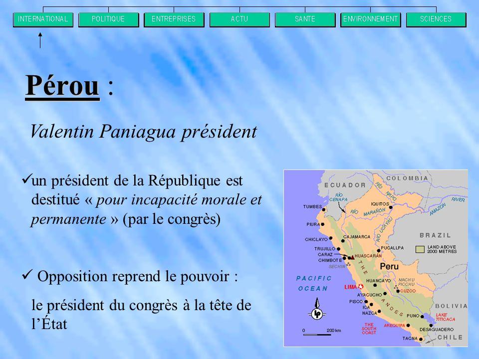 Pérou : Valentin Paniagua président