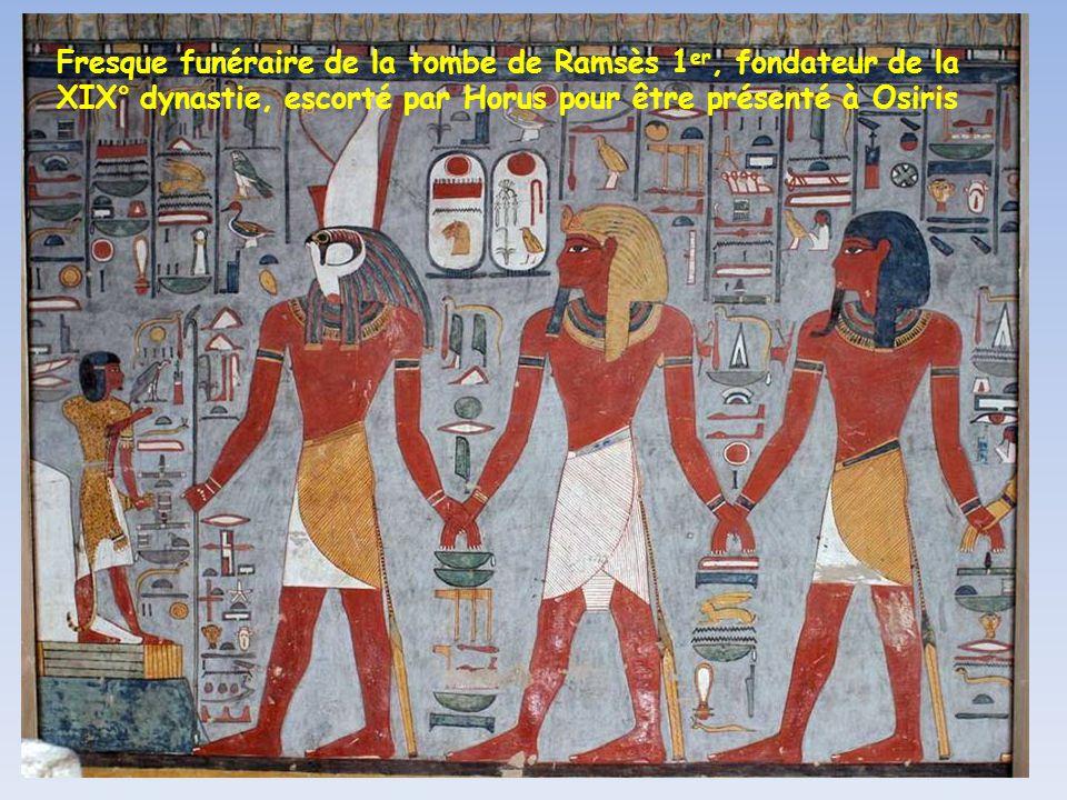 Fresque funéraire de la tombe de Ramsès 1er, fondateur de la XIX° dynastie, escorté par Horus pour être présenté à Osiris