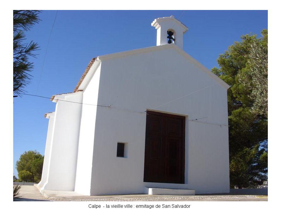 Calpe - la vieille ville : ermitage de San Salvador