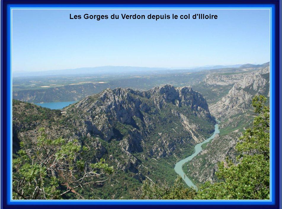 Les Gorges du Verdon depuis le col d Illoire