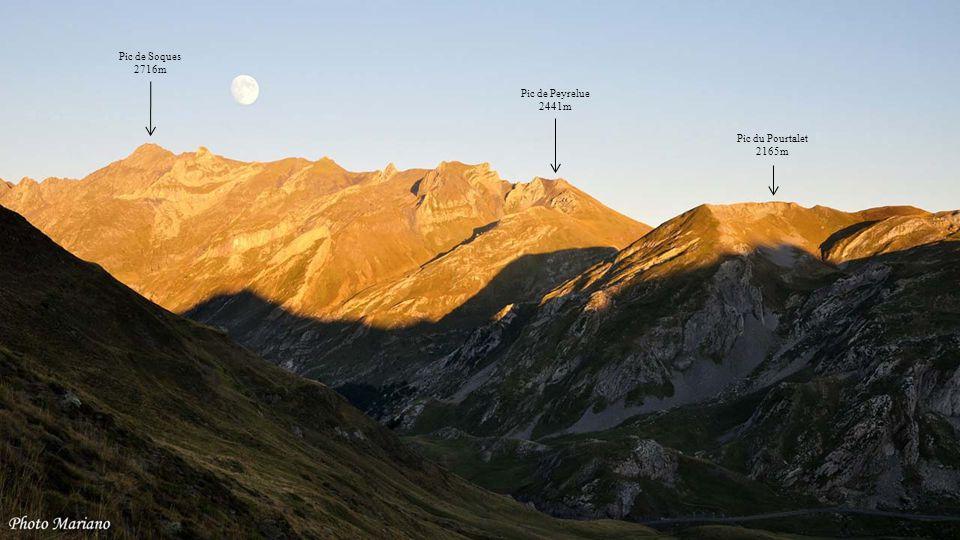 Pic de Soques 2716m Pic de Peyrelue 2441m Pic du Pourtalet 2165m . . .