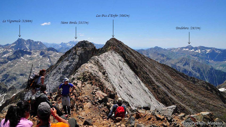 . Les Pics d'Enfer (3082m) Le Vignemale (3298m) Mont Perdu (3355m)