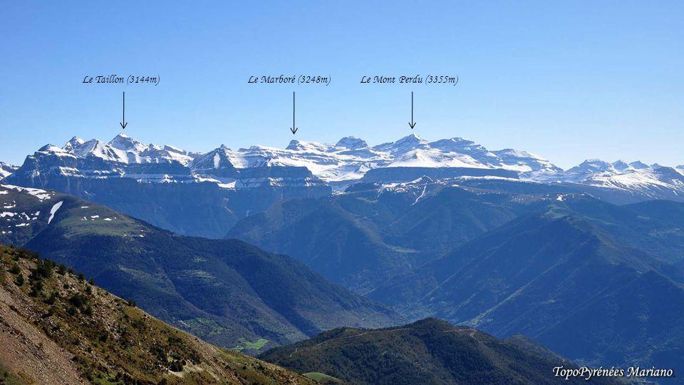 . Le Taillon (3144m) Le Marboré (3248m) Le Mont Perdu (3355m) . . . .