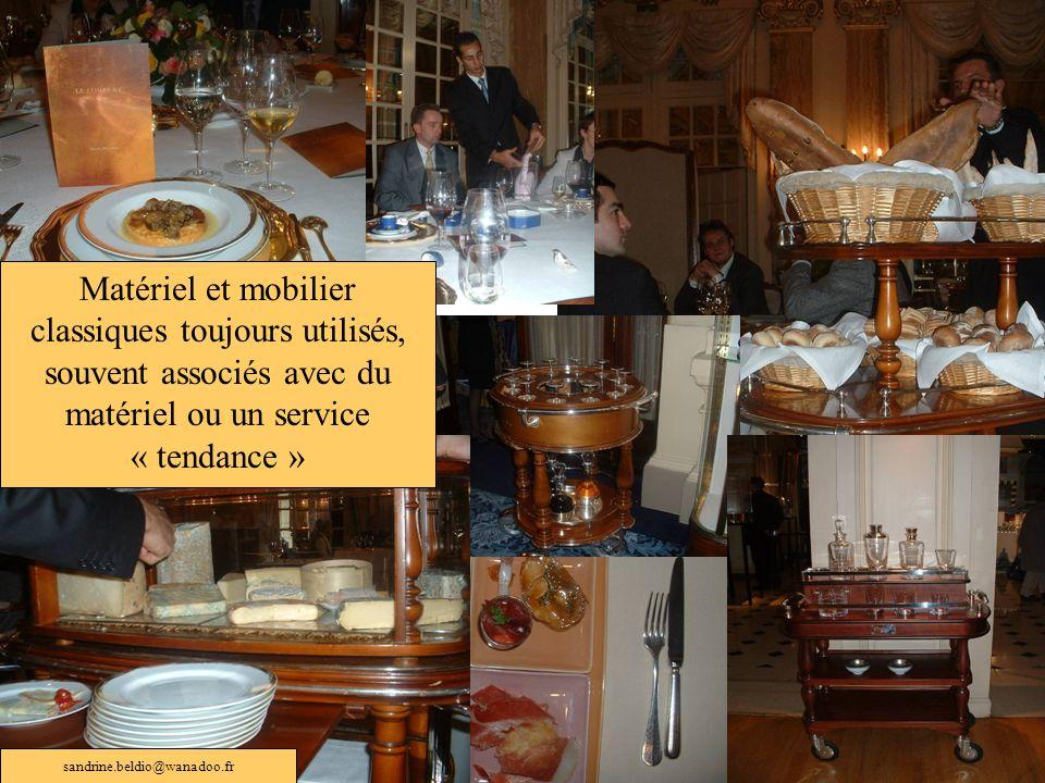 Matériel et mobilier classiques toujours utilisés, souvent associés avec du matériel ou un service « tendance »