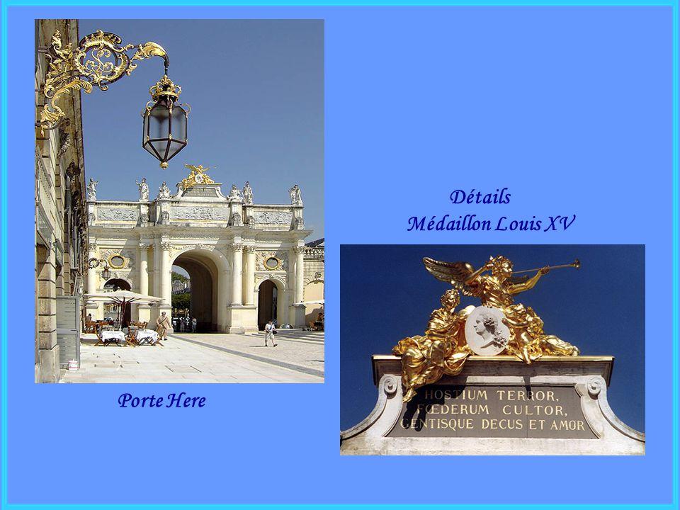 Détails Médaillon Louis XV Porte Here
