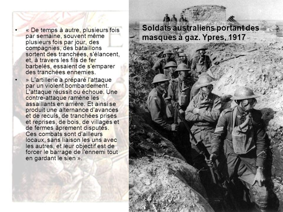 Soldats australiens portant des masques à gaz. Ypres, 1917