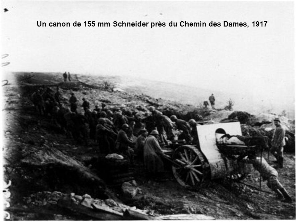 Un canon de 155 mm Schneider près du Chemin des Dames, 1917