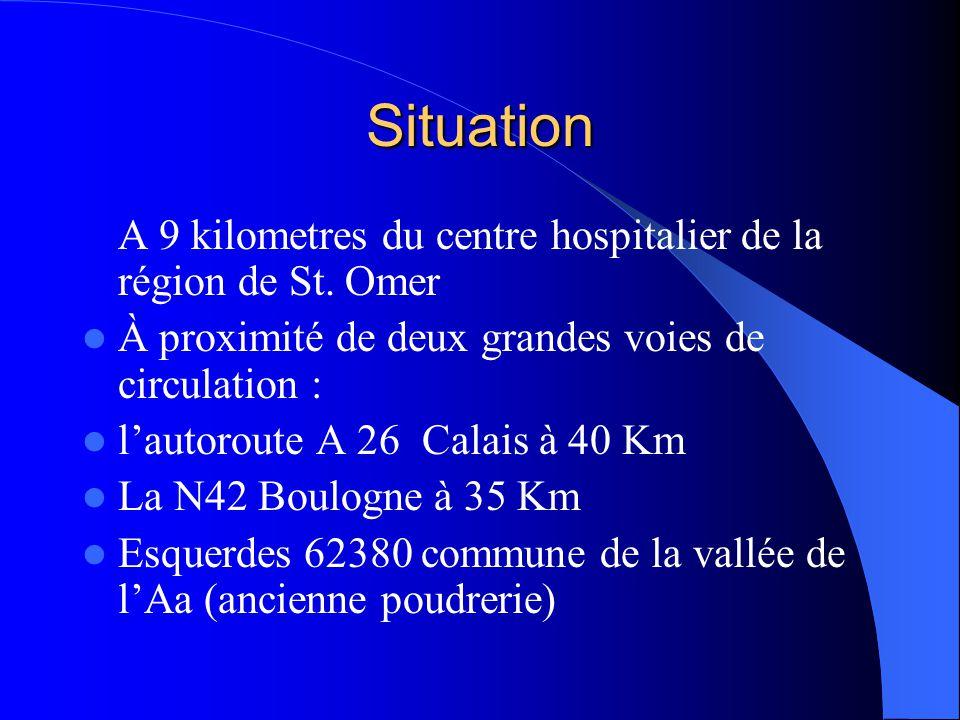 Situation A 9 kilometres du centre hospitalier de la région de St. Omer. À proximité de deux grandes voies de circulation :